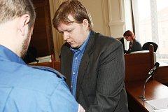 Tomáš Jiříkovský u soudu.