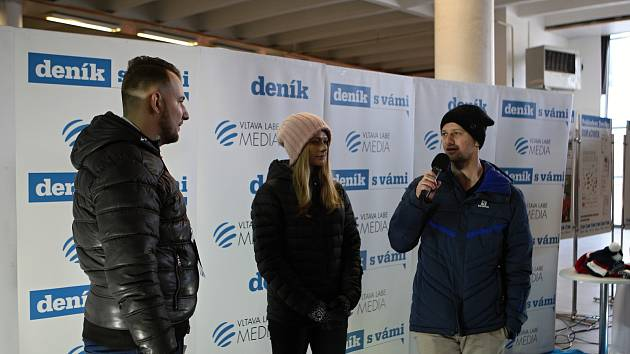 Sourozenci Vaculíkovi v zóně Deníku na Olympijském festivalu v Brně.