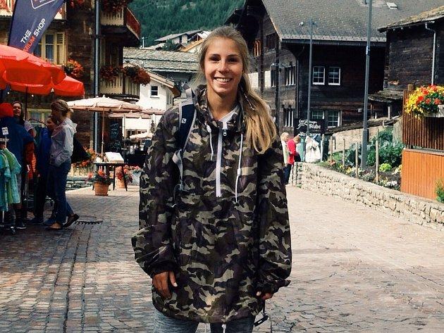 Akrobatická lyžařka Kristýna Kapounová.