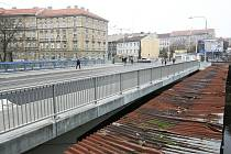 Zábrdovický most a okolí těsně před otevřením.