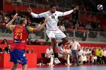 Je příslibem nově tvořícího se základu házenkářského národního týmu. Na mistrovství Evropy v Chorvatsku reprezentuje český výběr Dieudonné Mubenzem.