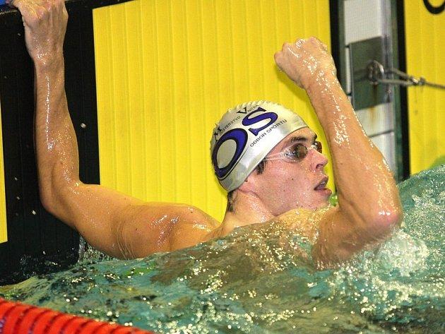 Brněnský plavec Martin Verner potvrdil na Velké ceně dobrou formu.