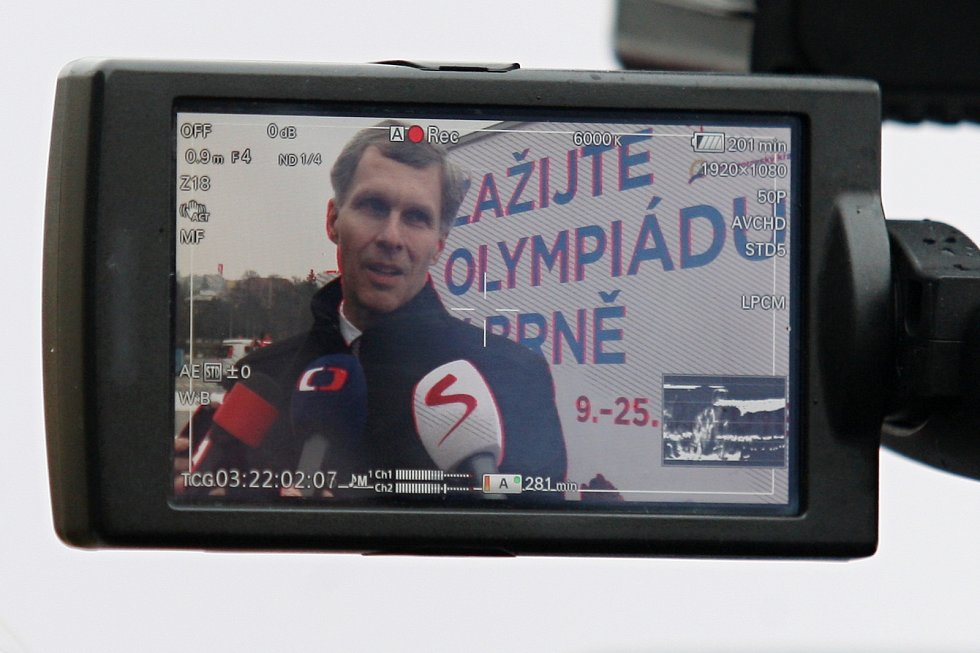Prohlídka Olympijského parku na brněnském výstavišti za přítomnosti předsedy ČOV Jiřího Kejvala.