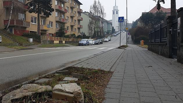 V Březinově ulici v brněnských Žabovřeskách vyznačí novou autobusovou zastávku.