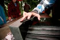 Vyznavači fingerboardingu se sjeli do centra volného Času v brněnské Lesné na závody.
