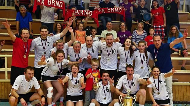 Brněnští korfbalisté po loňském historicky prvním titulu zopakovali stejný úspěch i letos. Ve finále si poradili s Českými Budějovicemi.