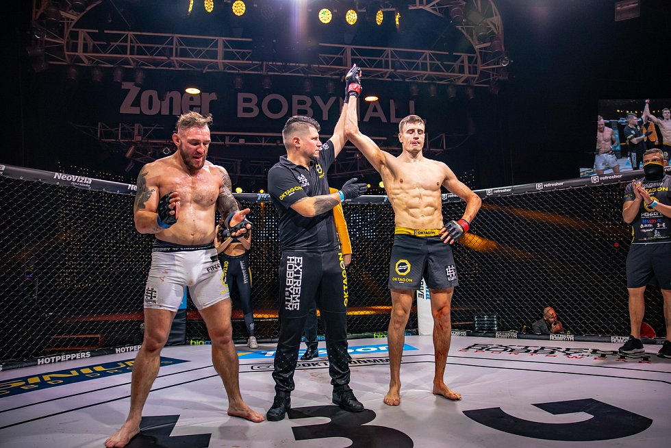 Zoner Bobyhall v Brně hostila další galavečer smíšeného bojového umění MMA Oktagon 18.