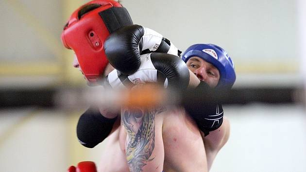 V Brně se předvedla česká amatérská špička thajského boxu.