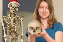 Svůj čas teď tým brněnských antropologů věnuje rekonstrukci lebky, která nejspíš patřila slavnému vojevůdci Janu Žižkovi z Trocnova.