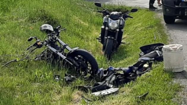 Pro čtyřiatřicetiletého motorkáře po srážce s osobním autem ve středu kolem tři čtvrtě na devět ráno letěl do Olší na Brněnsku vrtulník.