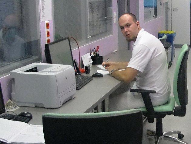 Fakultní nemocnice Brno otevřela nově zrekonstruované cerebrovaskulárním centrum, které pomáhá především lidem s cévními mozkovými příhodami.
