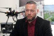 Areál bývalé Zbrojovky Brno. Na snímku místostarosta MČ Brno-Židenice Aleš Mrázek.