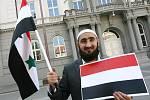 Demonstrace v Brně na podporu snahy o nastolení demokracie v Jemenu a Sýrii.