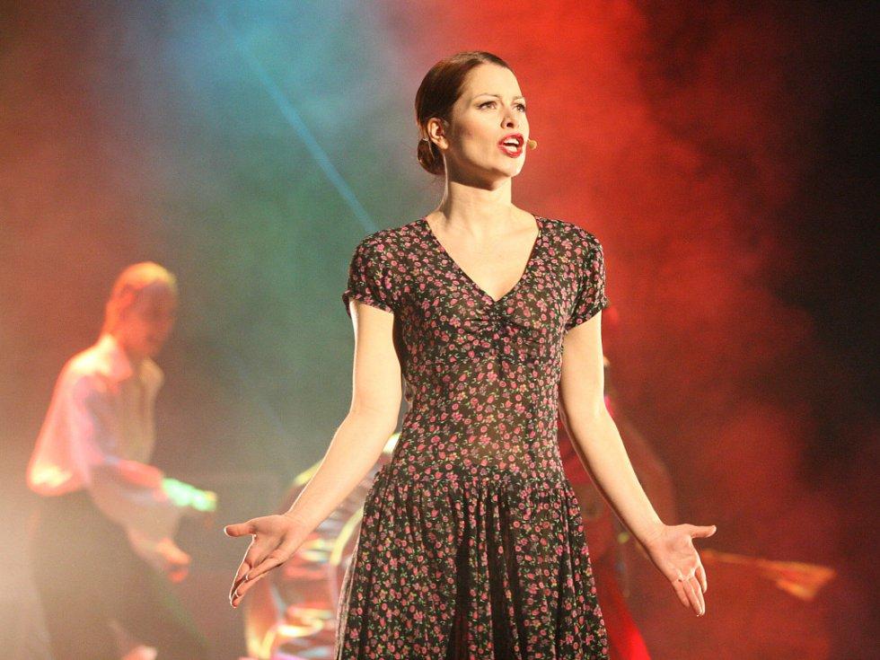 První kostýmová zkouška na muzikál Evita.
