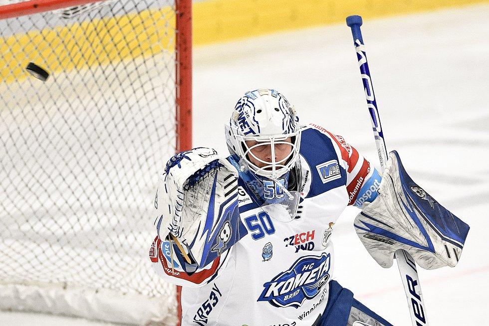 Utkání předkola play off hokejové extraligy - 5. zápas: HC Vítkovice Ridera - HC Kometa Brno, 16. března 2021 v Ostravě. brankář Brna Karel Vejmelka.