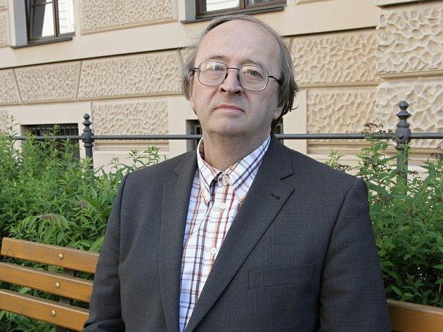 Jeden z největších českých odborníků na slovanské jazyky profesor Ivo Pospíšil.