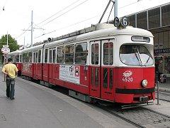Tramvaj E1 pojede z Vídně do Mělníka kvůli opravě. Od prosince příštího roku bude součástí rozsáhlé výstavy ve vídeňském Prateru.