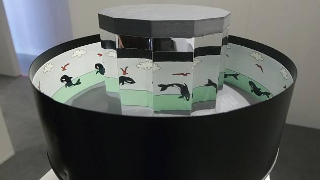 Výstavu, která má své návštěvníky oklamat, mohou od pondělí lidé navštívit ve Vida science centru v Brně. Na ploše pěti set metrů čtverečních zájemci vyzkouší třicítku exponátů, které budou klamat jejich zrak.