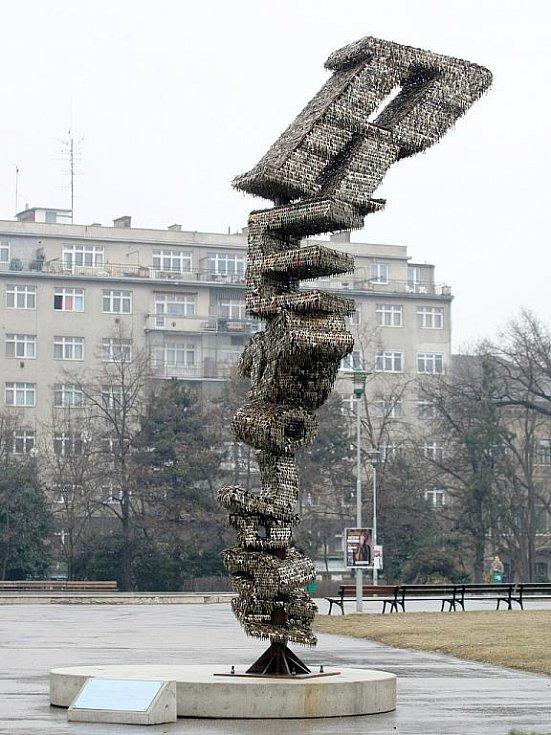 Klíčová socha Jiřího Davida v Brně.