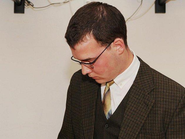 Dominik Scavina u brněnského soudu.