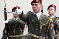 Vyřazení absolventů vojenské akademie v Brně.