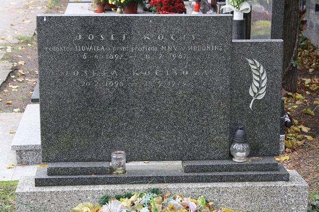 Hrob Josefa Kočiše.