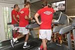 Fotbalisté Zbrojovky si vyzkoušeli půlmaraton okolo londýnského Big Benu či na znojemské vinice.