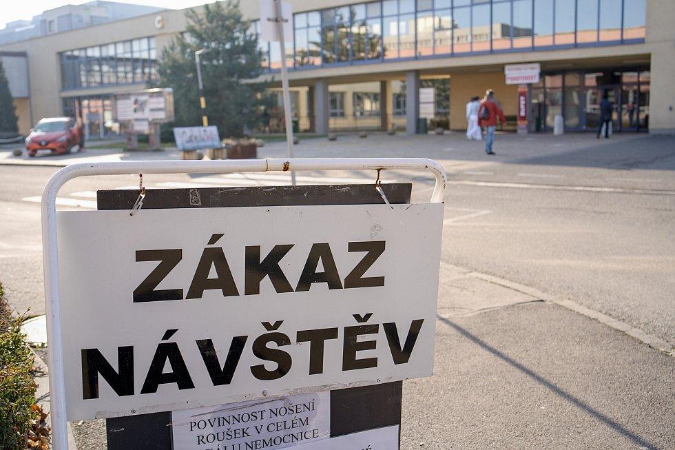 Zákaz návštěv. Nemocnice Břeclav.