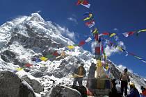TŘETÍ EVERST. Bájná hora Shangri La, kterou Rudolf Švaříček a Pavél Bém zdolali, se nachází v Bhutánu a je symbolem klidu.