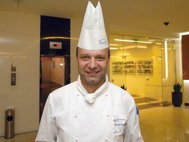 Šéfkuchař hotelu International Miroslav Husák.