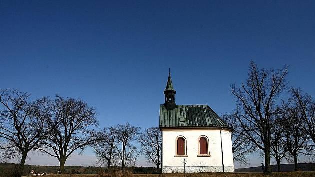 Líšeňská kaple stojí na vršku nazvaném Kostelíček.
