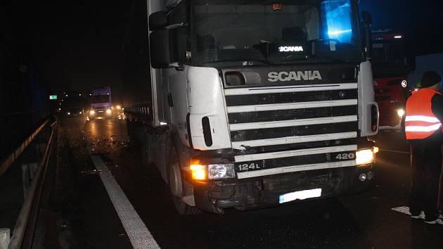 Policisté hledají svědky smrtelné nehody na dálnici D1