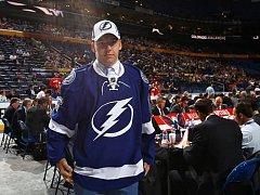 Hokejový obránce Libor Hájek. Draftovala ho Tampa Bay.
