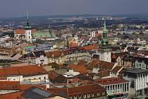 Pohled na kostel svatého Jakuba v Brně
