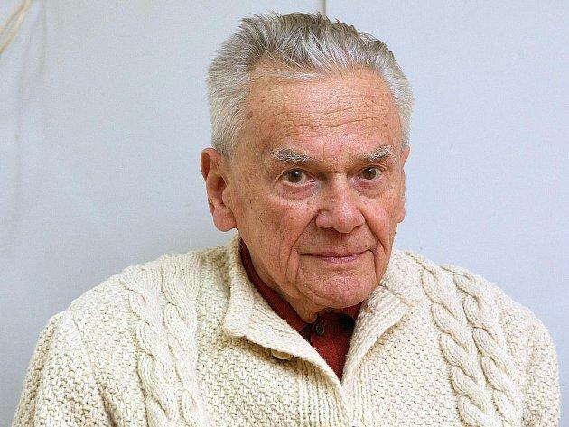 Karel Valoch.