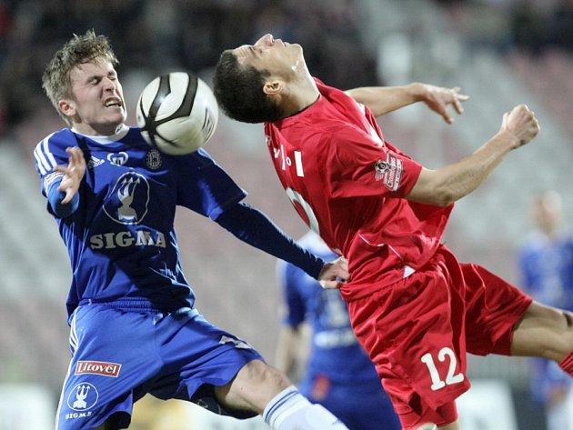 Zbrojovka pod vedením nového trenéra vyhrála nad Sigmou 2:0