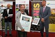 Vyhlášení výsledků soutěžních ohňostrojů festivalu Ignis Brunensis. Na snímku Armaud Fouriau z vítězného francouzského týmu Pok 2.0 Lux Factory.