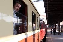 Historický vlak vyjel z brněnského hlavního nádraží