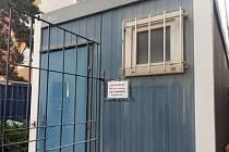 Společné sociální zařízení pro nájemníky rekonstruovaného domu.