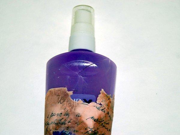 Zásilku sneznámou chemikálií objevili pracovníci České pošty vbrněnské Heršpické ulici. Chemici zjistili, že se jednalo ožíravinu.