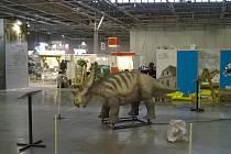Jeden z dinosaurů na brněnském výstavišti.