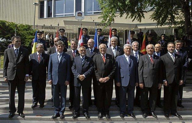 V květnu 2007 se setkalo v Brně patnáct hlav republik a monarchií střední, jižní a východní Evropy.