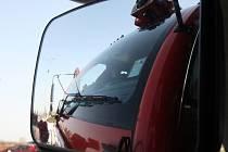 Křest nového hasičského vozidla na brněnském letišti v Tuřanech.