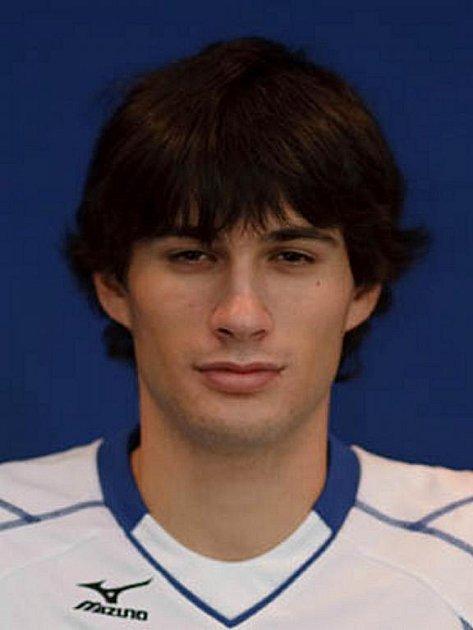 Volejbalista Dominik Fořt.