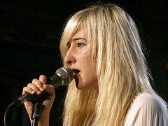 Americká zpěvačka Nika Roza Danilova známá pod pseudonymem Zola Jesus.
