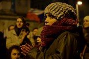 Tisíce lidí protestovaly na náměstí Svobody v Brně proti Zdeňkovi Ondráčkovi, přezdívanému mlátička.