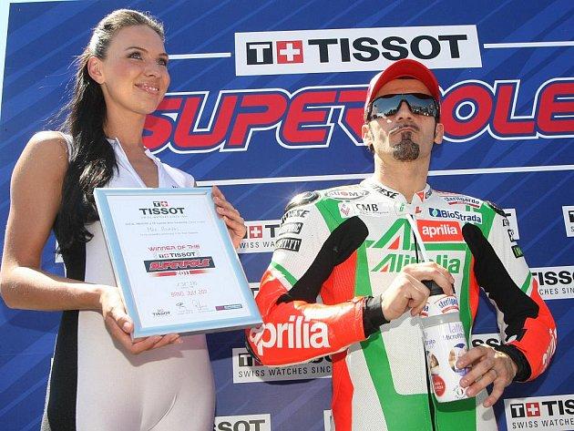 Biagi na Mistrovství světa superbiků na Masarykově okruhu v Brně.