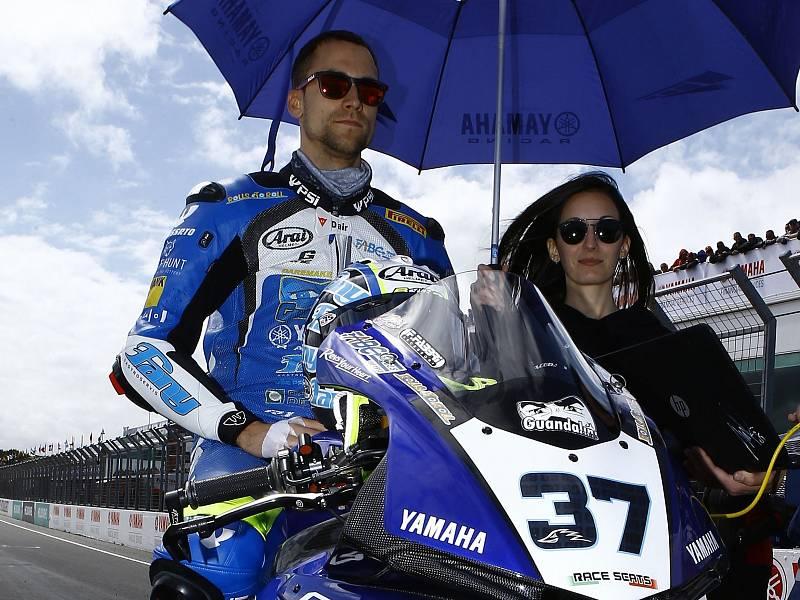Motocyklový jezdec Ondřej Ježek.