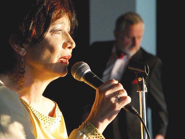 Hana Maciuchová se letos zúčastní festivalu v HaDivadle