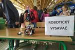 Festival vědy na brněnské Riviéře v areálu dopravního hřiště. Robotika a programování se Základní školou Novolíšeňská.